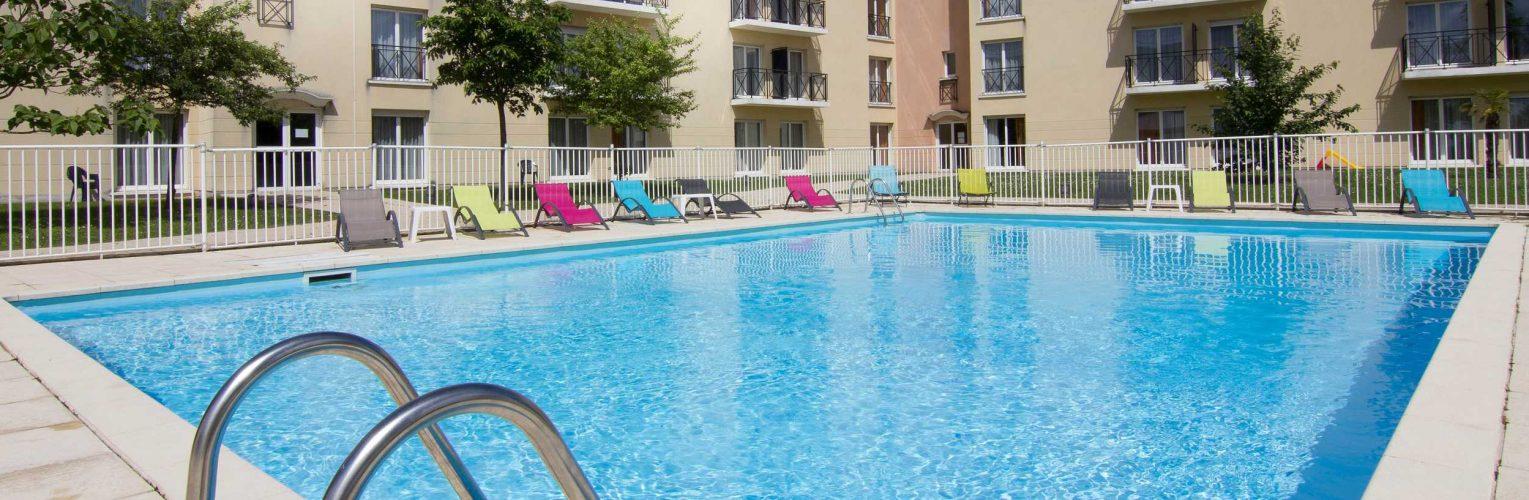 apparthotel avec piscine